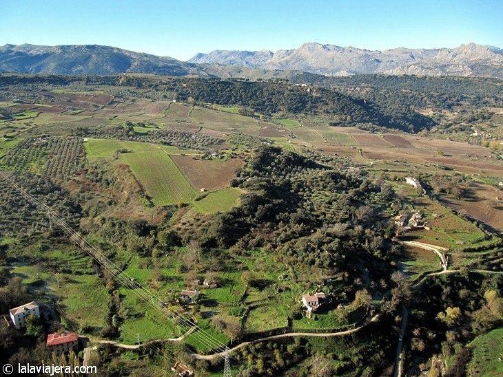 La Sierra de Ronda desde el mirador de la Alameda del Tajo