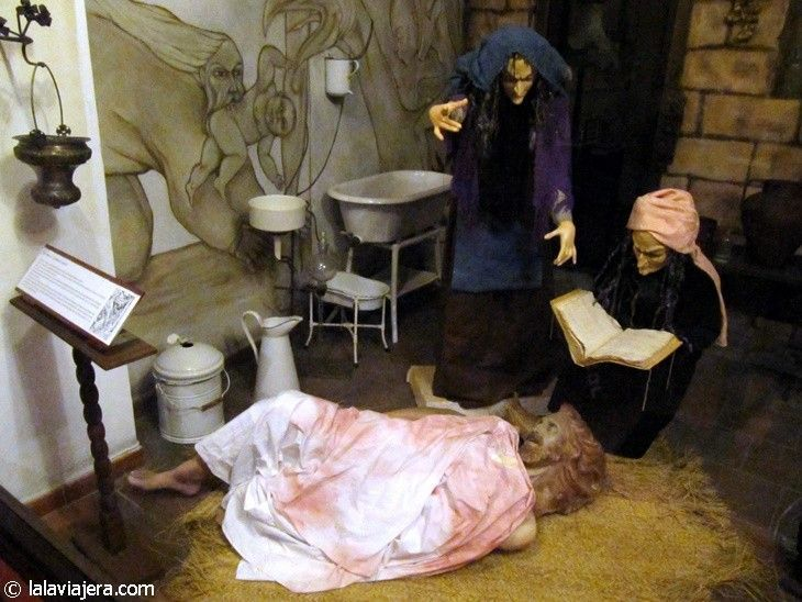Sala de la Brujería y la Inquisición, en el Museo Lara, Ronda