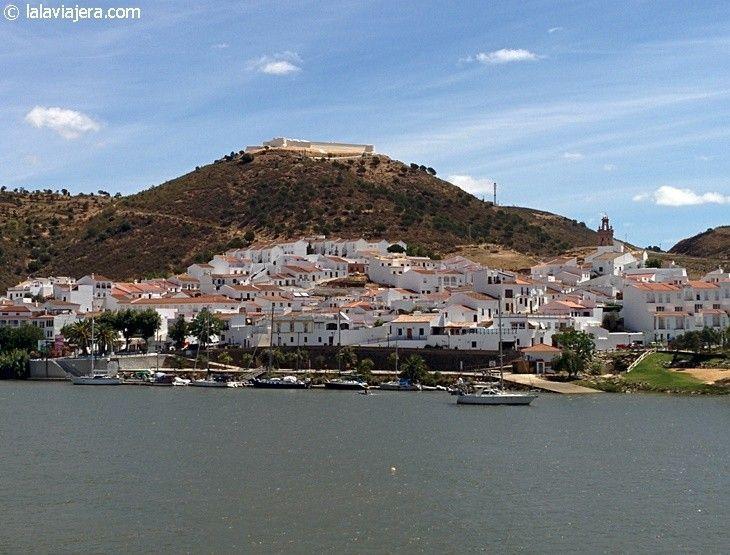 Sanlúcar de Guadiana, pueblo de Huelva fronterizo con Portugal