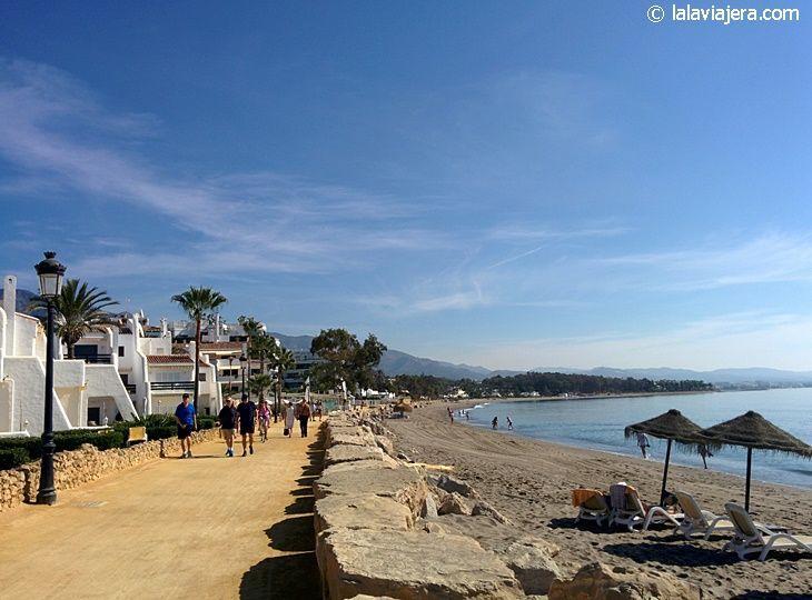 Playa de la Milla de Oro, entre Marbella y Puerto Banús