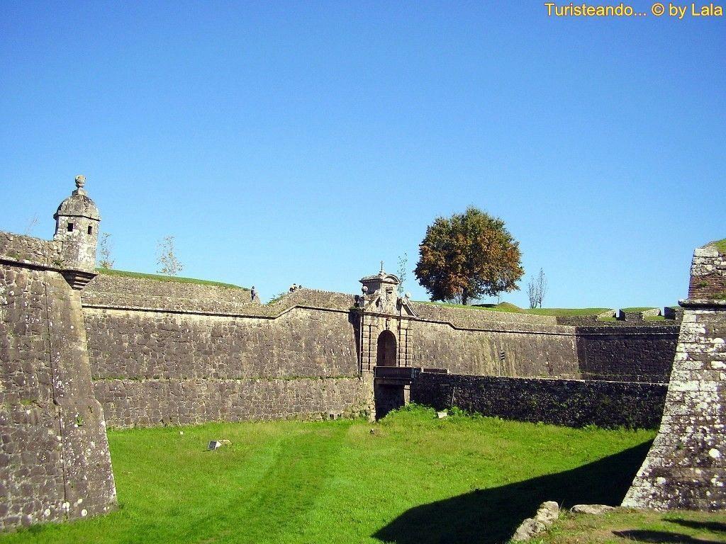 De compras en la fortaleza de valen a do minho - Que hay en portugal ...