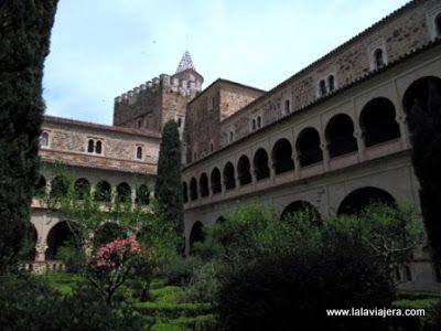 Claustro Mudejar, Monasterio Guadalupe