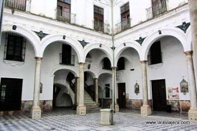 Claustro del Hospital de Mujeres, Cadiz