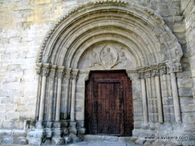 Portada Iglesia Ntra Sra de Baldos, Montañana, Ribagorza