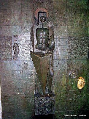 Puerta San Jordi Palacio Virreyes, Barcelona